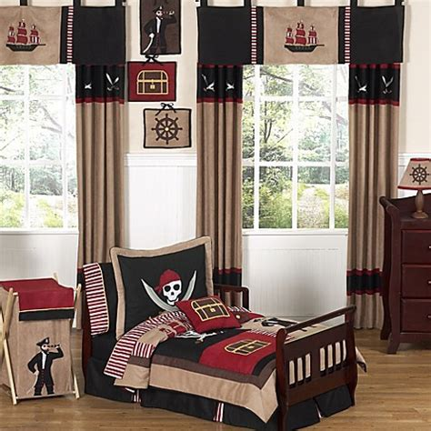Pirate Toddler Bedding Set From The Treasure Quest Range At Children S Rooms Baby Sweet Jojo Designs Pirate Treasure Cove Toddler Bedding Collection Bed Bath Beyond