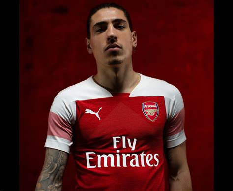 Arsenal Home Season arsenal new home kit for 2018 19 check out shirt for