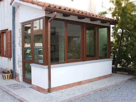 foto verande portici in legno