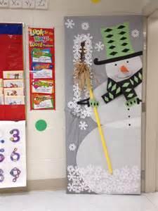 Snowman Door Decoration by 17 Best Ideas About Snowman Door On
