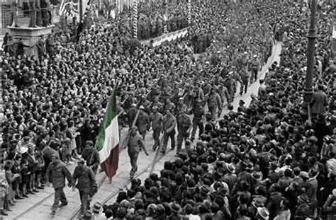 l ingresso di trimalchione riassunto tra unit 224 ed imperialismo trieste e l ingresso italiano
