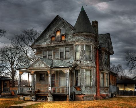 Travel Spotting Haunted House Round Up The Luxury Spot
