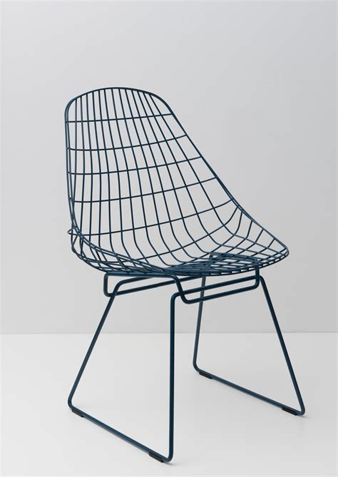 Wire Chair by Wire Chair Sm05 Restaurant Chairs From Pastoe Architonic