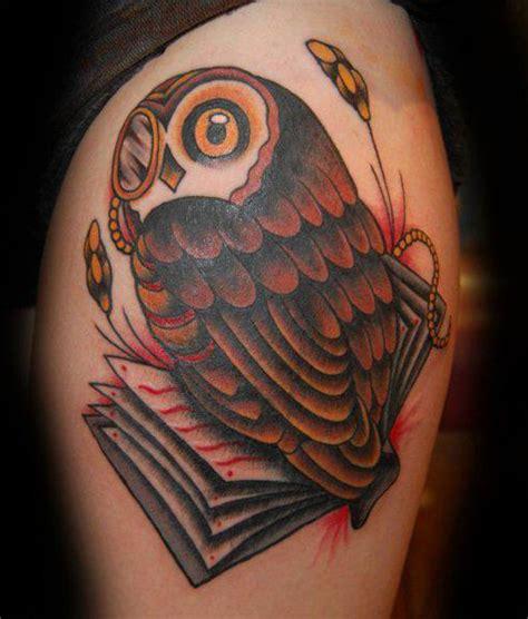 imagenes de tatuajes de buhos para hombres buho tatuaje