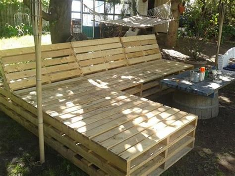 backyard pallet furniture best 25 pallet outdoor furniture ideas on pinterest diy