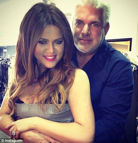 Kris Jenners Hair Dresser jenner tweets photo of khloe and real daily mail
