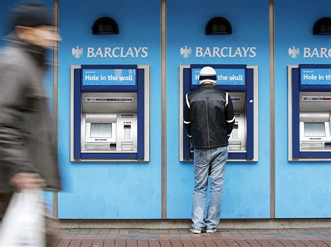 barclay bank deutschland how to save on atm fees when withdrawing overseas
