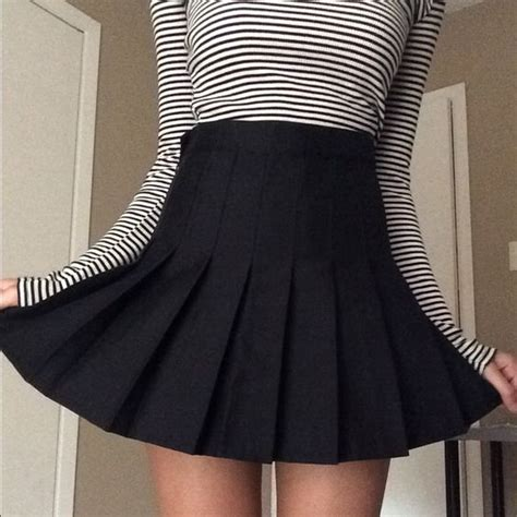 black pleated tennis skirt aa dupe