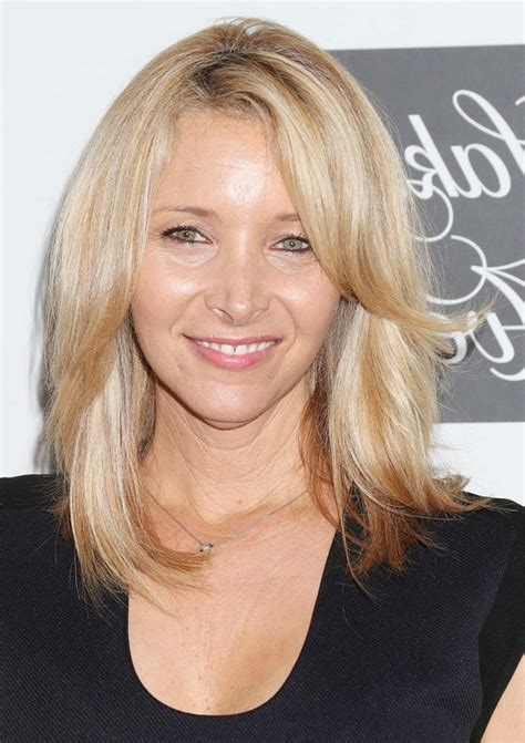 Kudrow Hairstyles by Kudrow Mid Length Hairstyle With Layers Styles Weekly