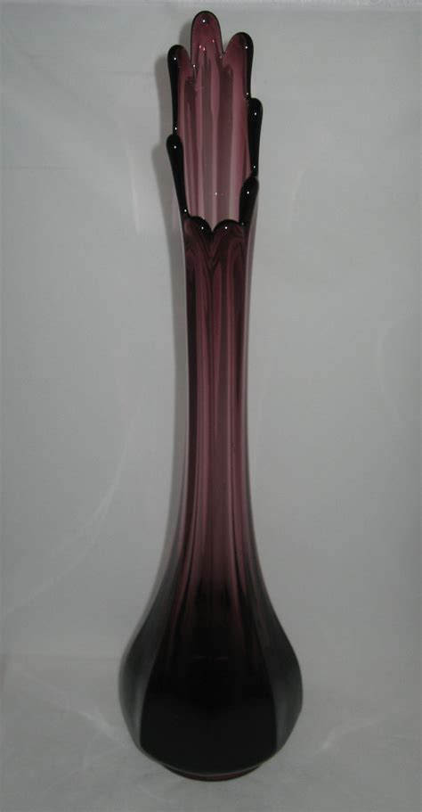 Viking Vase by L E Smith 16 Quot 8 Sided Amethyst Faceted Swung Vase