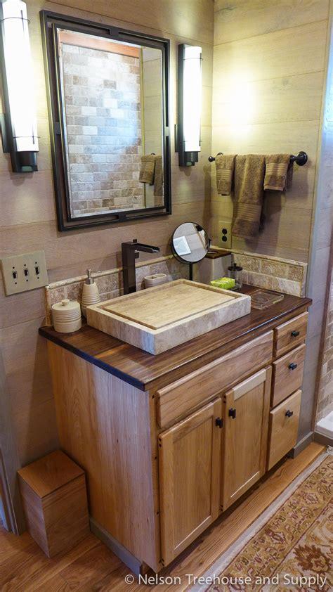 lloyds bathrooms photo tour frank lloyd wright lakeside treehouse nelson treehouse