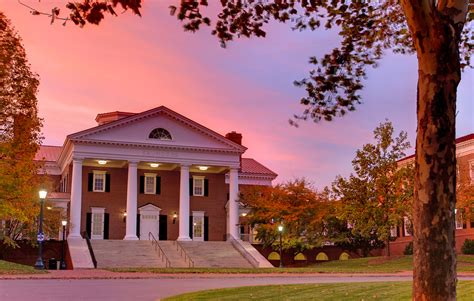 Universities Of Virginia For Mba by U Va S Darden School Rises To No 3 In The World In The