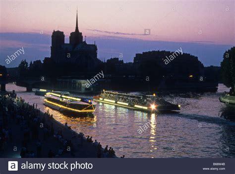 bateau mouche night cruise seine river cruise paris night stock photos seine river