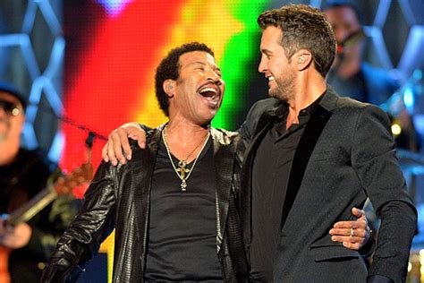 luke bryan katy perry lionel richie luke bryan gets a piano lesson from lionel richie watch