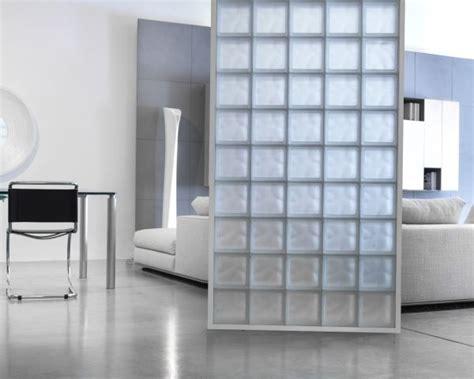 mattoni in vetro per interni come costruire una parete con i mattoni di vetro come