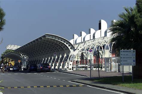 centro ufficio lamezia terremoto giudiziario all aeroporto di lamezia terme l