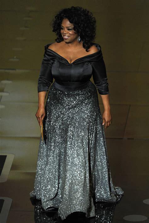oprah winfrey outfits oprah winfrey off the shoulder dress oprah winfrey looks
