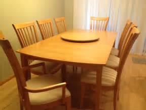 home furniture mcclaflin company llc tiger maple dining room table w turned legs hawk ridge