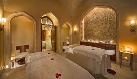 one palm world exclusive as omniyat hosts vip launch event espa treatment shuiqi spa at the atlantis palm review