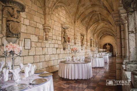 Elo   Dave: Wedding Photography at the Ancient Spanish