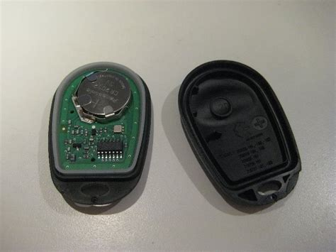 Toyota Key Fob Battery Toyota Highlander Key Fob Battery Replacement Guide 012