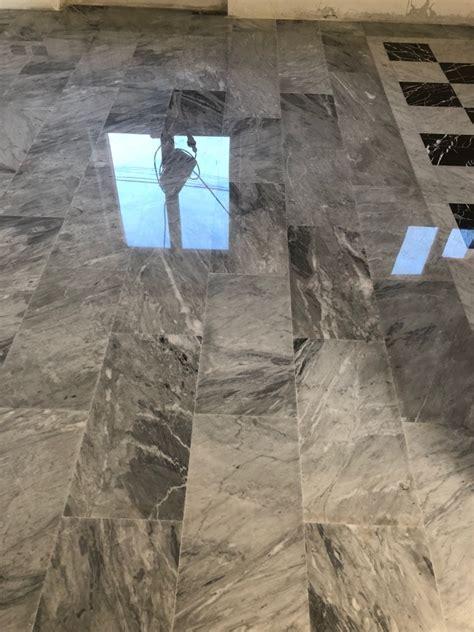 come lucidare pavimenti lucidatura a specchio pavimento in marmo idee lucidare