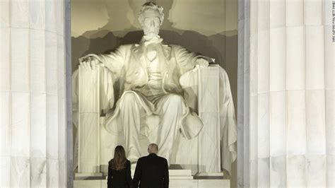 dc s lincoln memorial vandalized with spray painted
