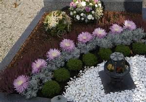 9 best grabbepflanzung images on cemetery