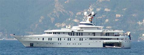 michael evans    yacht white rose  drachs