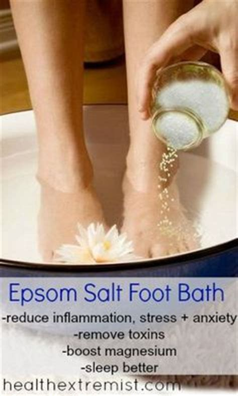Epsom Salt Soak Detox by 1000 Ideas About Epsom Salt Foot Soak On Foot