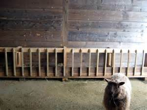 How To Make A Hay Rack by Woodwork Wooden Hay Rack Pdf Plans
