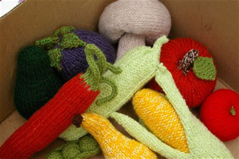 knitting pattern vegetables loniemay knitted fruit and vegetables