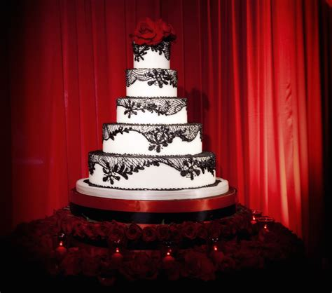 Wedding Cake Patterns by Wedding Cakes Pretty Wedding Confections With Lace