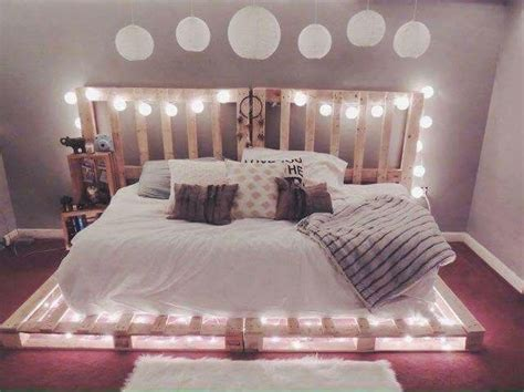 Crate Bed by 25 Best Ideas About Crate Bed On Pallet Bed