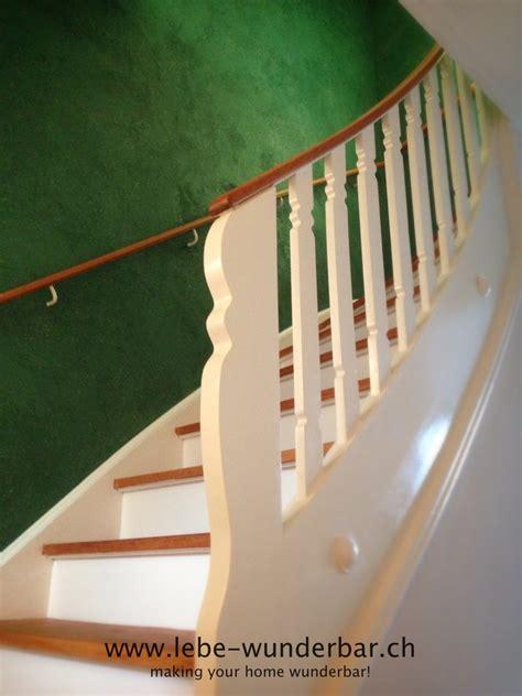 treppenaufgang wand gestalten treppenaufgang farbige vintage wand wunderbar z 252 rich