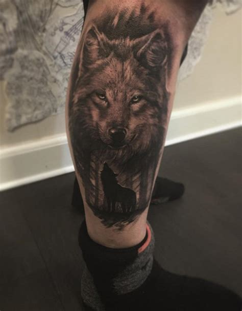 realistic wolf tattoo realistic looking detailed wolf on leg