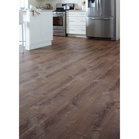 lifeproof vinyl plank flooring the 25 best lifeproof vinyl flooring ideas on vinyl flooring installation