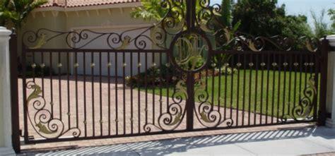 driveway gate cost