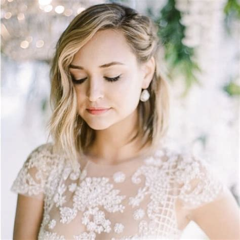 Wedding Hairstyles Pinned To The Side by Pinned To The Side Hairstyles 50 Delicate Bridesmaid