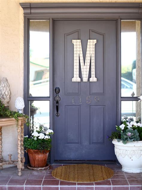 What Color To Paint A Front Door Popular Colors To Paint An Entry Door Installing Decorating Windows Doors Diy