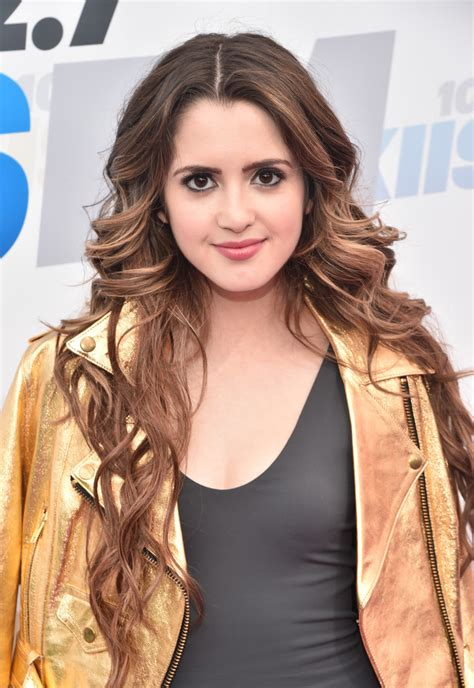 did laura marano cut her hair laura marano long wavy cut laura marano looks stylebistro