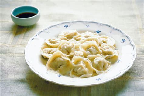 Dumpling Plate dumplings