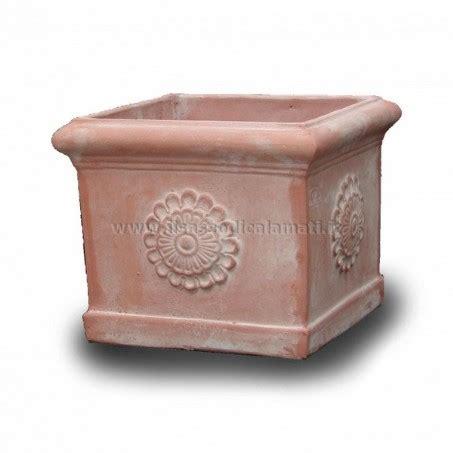 vasi terracotta vendita on line vasi quadrati in terracotta vendita on line il sasso