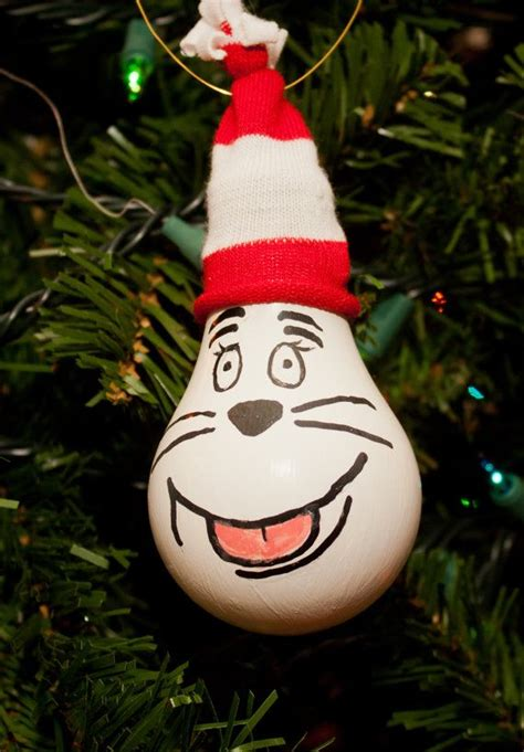 cat in the hat ornament by sewcharmingcrafts on etsy 7