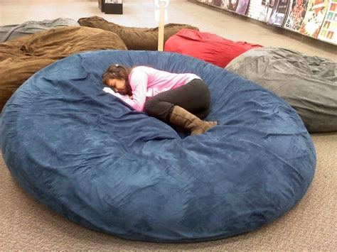 huge pillow bed at galleria mall best thing ever let