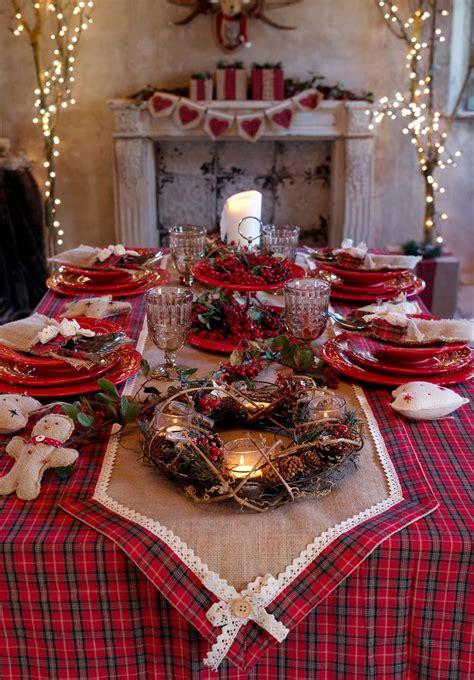 come addobbare una tavola natalizia 17 migliori idee su decorazioni per la tavola per feste su