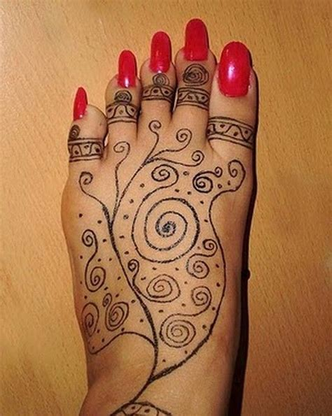 henna tattoo t rkei sharpie henna tat and some nails don t let this