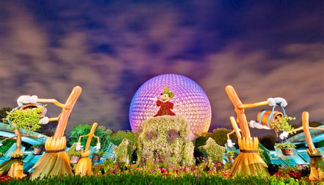 Epcot Flower And Garden Festival Fantasia Topiaries Epcot Flower Garden Festival Photo Disney Tourist