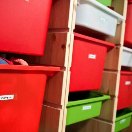 pixwords das bild mit regal rot gr 195 188 n box brad calkins - Regal Grün