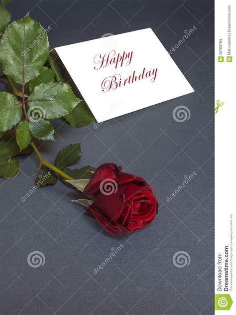 testo per auguri di compleanno biglietto di auguri per il compleanno con la rosa rossa